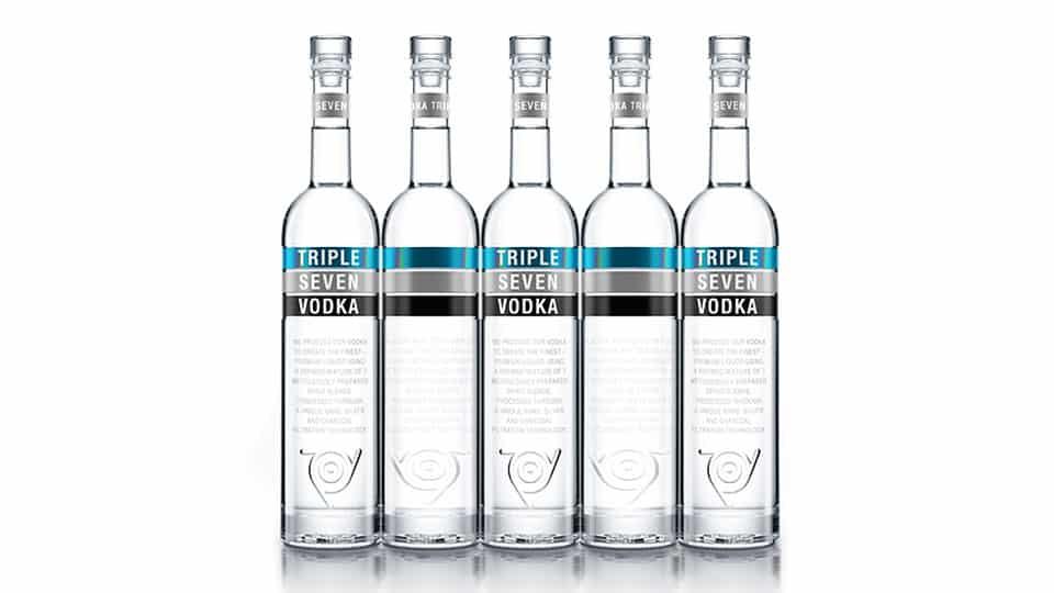 Triple-Seven-Wodka-ist-wieder-im-Shop-von-The-Tankcompany-erhältlich.